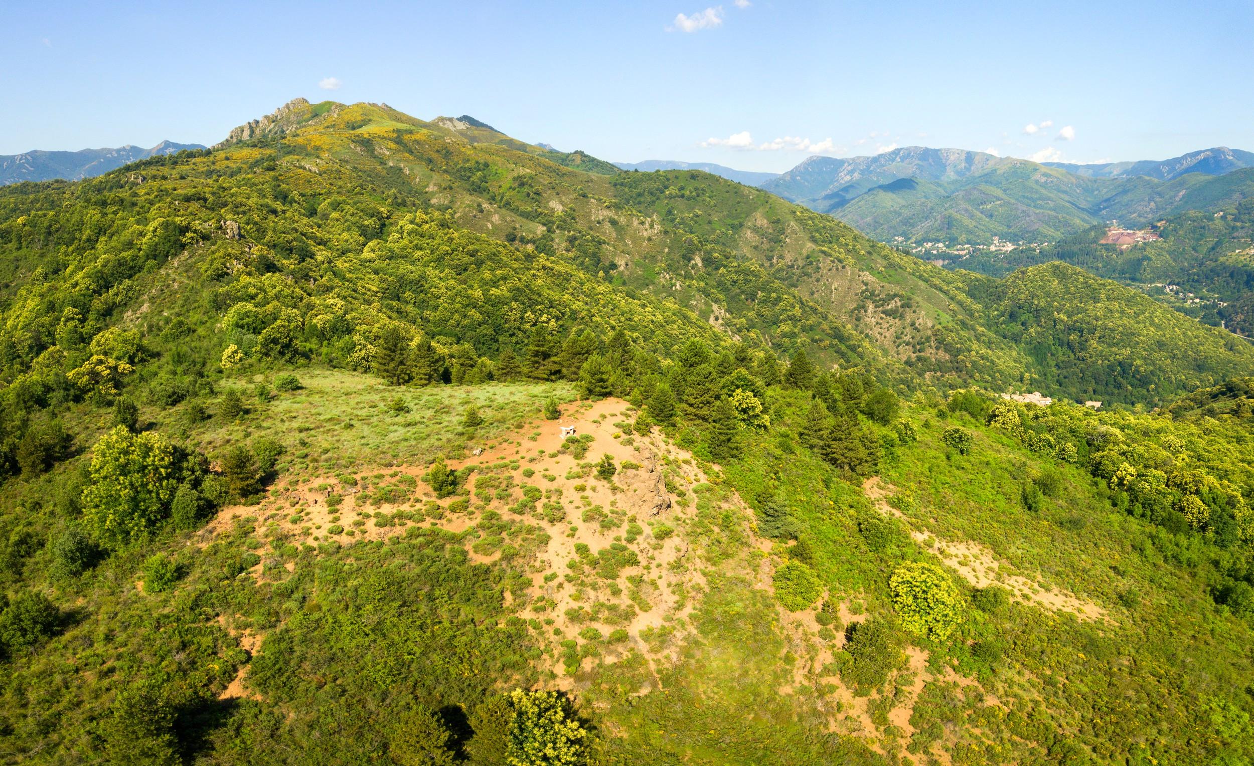 Jaujac - Sommet du volcan du Souilhol ©S.BUGNON